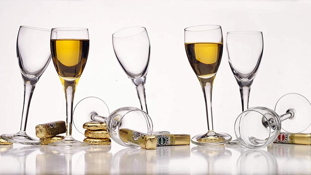 Top self-wine glass
