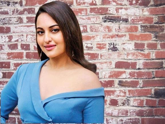 Sonakshi Sinha Famous Celebrity Birthday in June